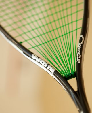 Act_Small_Racket